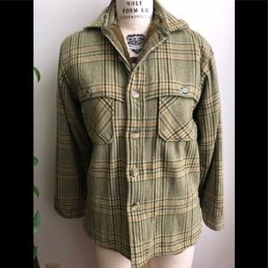 Woolrich mens Sherpa lined plaid shirt jacket